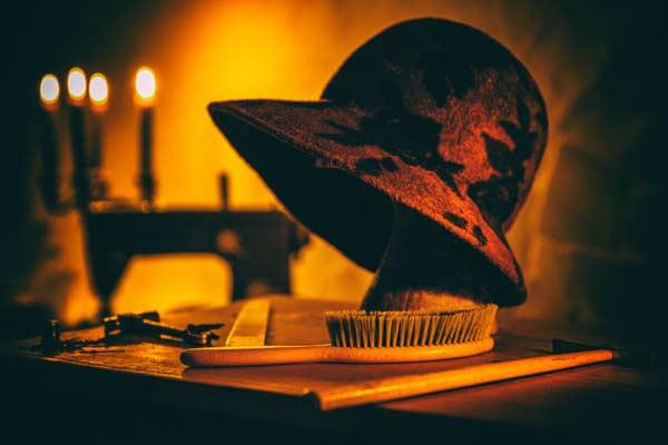 Modisteria von Antia : die Hutmacherin